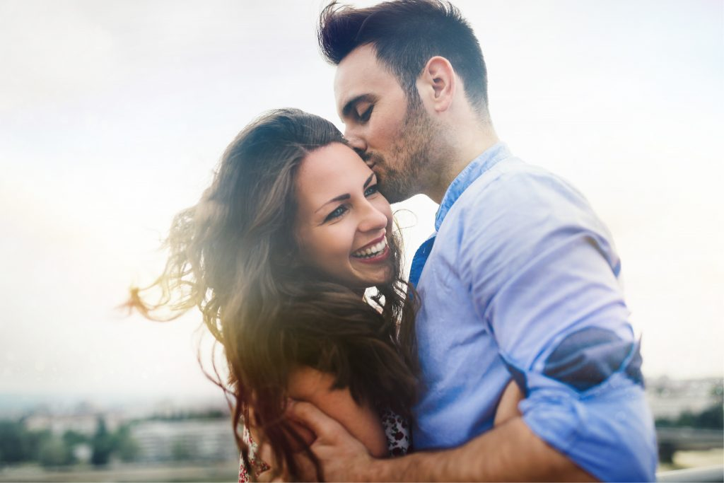Dating a closted person reddit girl
